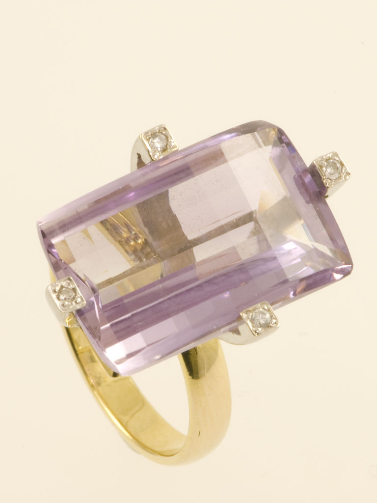Amethyst & Diamond Ring set in 18k Yellow Gold  :  diamonds diamond design jewelry